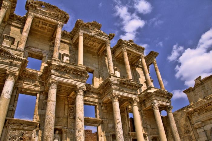Ephesos,_Turkey_HDR.jpg